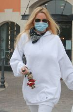 NICOLLETTE SHERIDAN Out for Breakfast at Le Pain Quotidien in Calabasas 02/01/2021