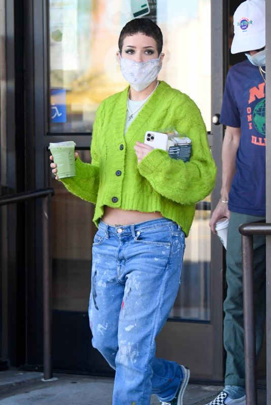 Pregnant HALSEY at Starbucks in Los Angeles 02/04/2021