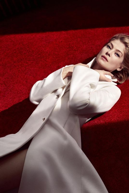 ROSAMUND PIKE for The Sunday Times, February 2021