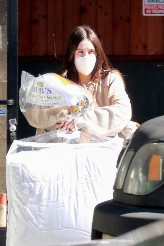 SCOUT WILLIS Stops by Dry Cleaners in Los Feliz 02/12/2021