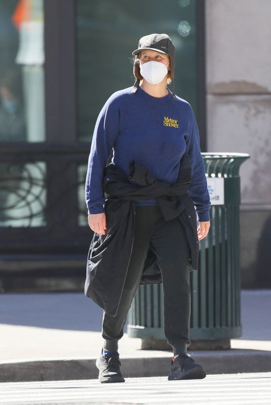 AMY SCHUMER Out in New York 03/15/2021