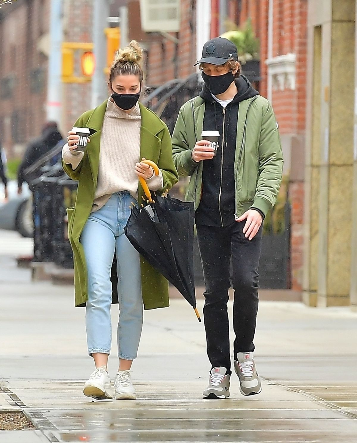 ANNIE MURPHY Out with a Friend in New York 03/28/2021 ...