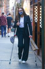 BROOKE SHIELDS Out for Lunch at Cafe Cluny in New York 03/09/2021
