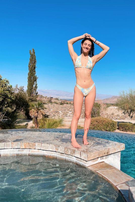 CHARLI D'AMELIO in Bikini – Instagram Photos 03/23/2021