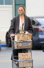 CHRISSY TEIGEN Shopping at Bristol Farms in Los Angeles 03/15/2021