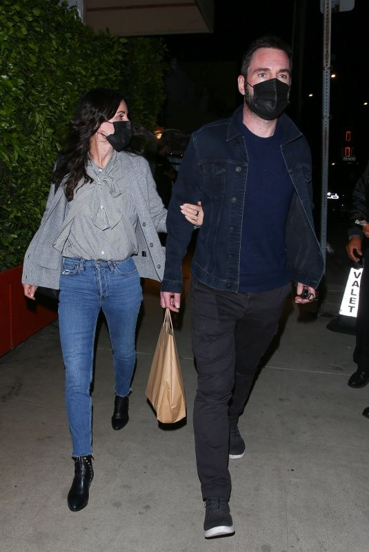COURTENEY COX and Johnny McDaid Out for Dinner in Santa Monica 03/30/2021