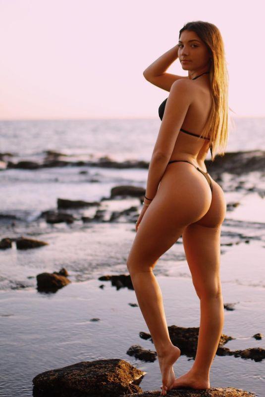 EMILY DETTERICH in Bikini – Instagram Photos 03/23/2021