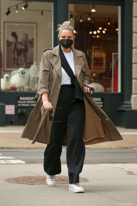GEORGINA BURKE Out and About in New York 03//24/2021