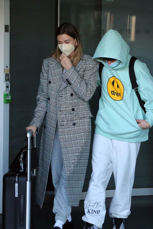 HAILEY and Justin BIEBER Arrives at Airport in Paris 02/28/2021