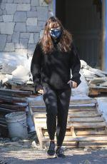 JENNIFER GARNER Checks Her New House Construction in Brentwood 03/13/2021