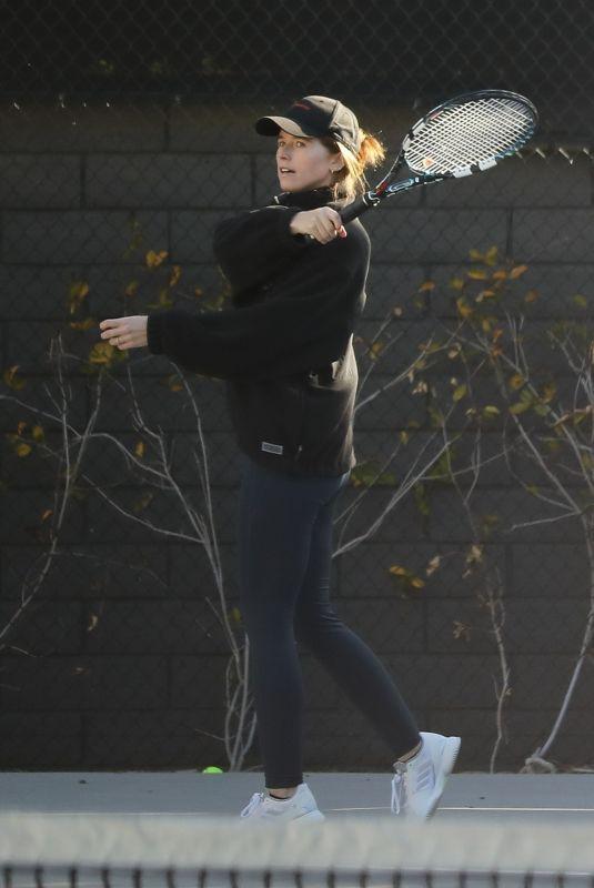 KATHERINE SCHWARZENEGGER at a Tennis Court in Santa Monica 03/23/2021