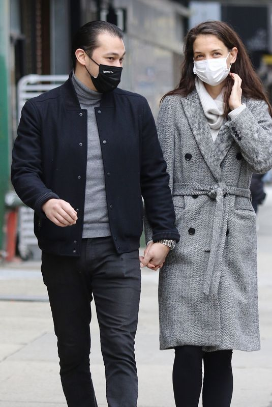 KATIE HOLMES and Emilio Vitolo Jr. Out in New York 03/01/2021
