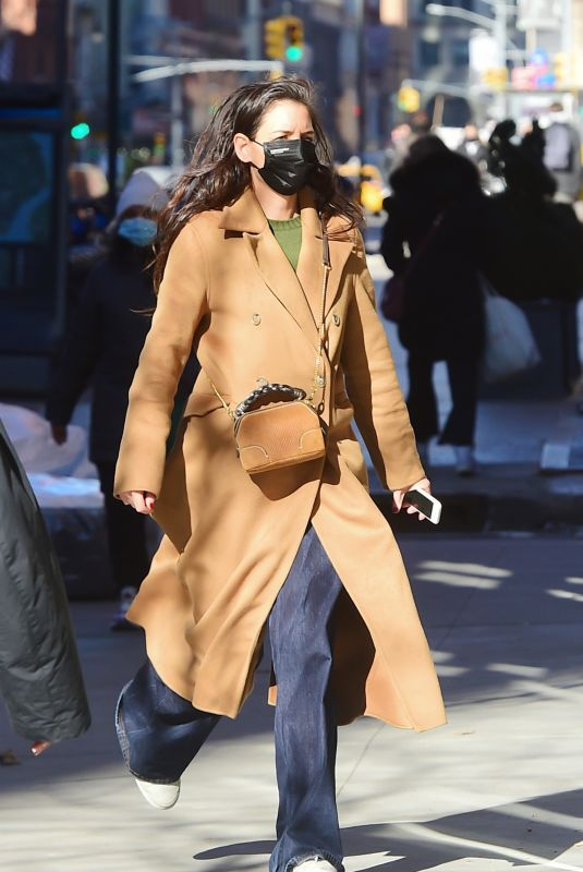 KATIE HOLMES Out and About in New York 03/02/2021