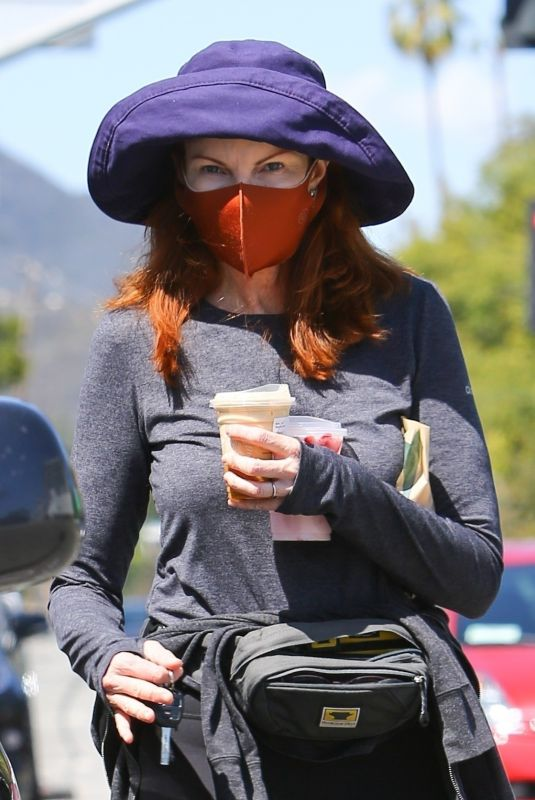 MARCIA CROSS at a Starbucks in Brentwood 03/22/2021