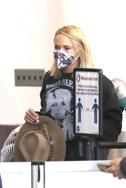 MIRANDA LAMBERT at Los Angeles International Airport 03/15/2021