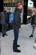 ROBIN ROBERTS Leaves Good Morning America in New York 03/03/2021