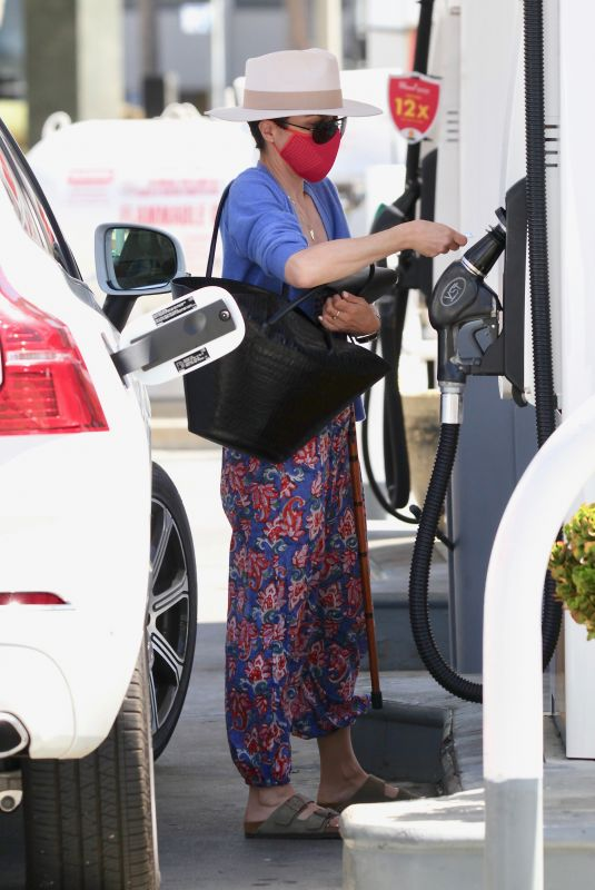 SELMA BLAIR at a Gas Station in Studio City 03/26/2021
