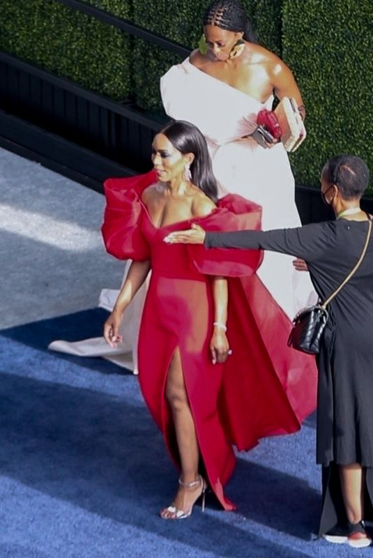 ANGELA BASSETT Arrives at 2021 Oscar in Los Angeles 04/25/2021