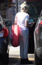 ARIEL WINTER Leaves Urban Outfitters in Los Angeles 04/16/2021
