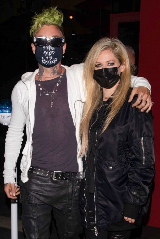 AVRIL LAVIGNE and Mod Sun at BOA Steakhouse in Los Angeles 04/22/2021