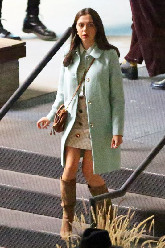 BEL POWLEY on the Set of Morning Show in Los Angeles 04/21/2021