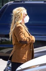 BRITNEY SPEARS Out Shopping in Malibu 04/16/2021
