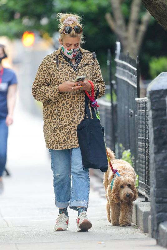 BUSY PHILIPPS Out with Her Dog in New York 04/19/2021