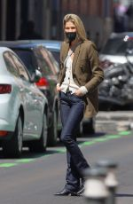 CARLA PEREYRA Out Shopping in Madrid 04/12/2021