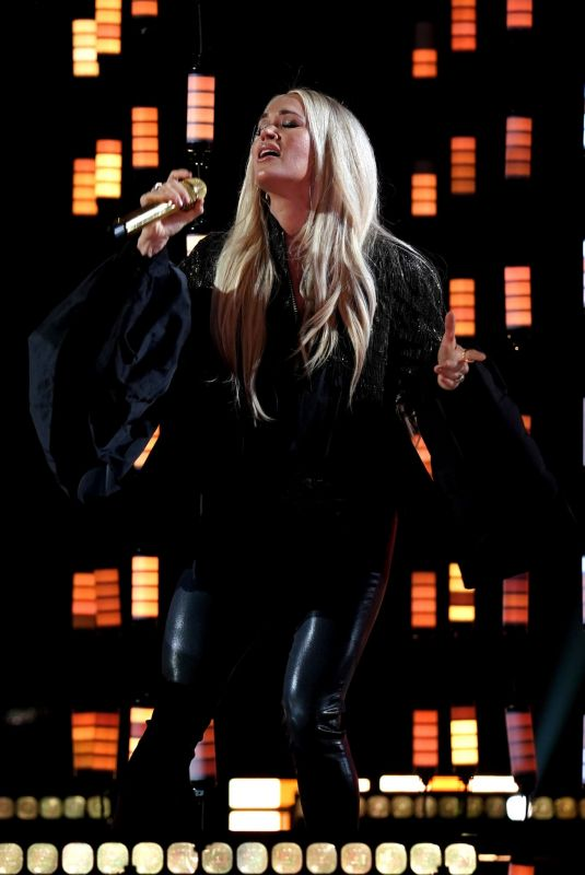 CARRIE UNDERWOOD at 2021 Latin American Music Awards 04/14/2021