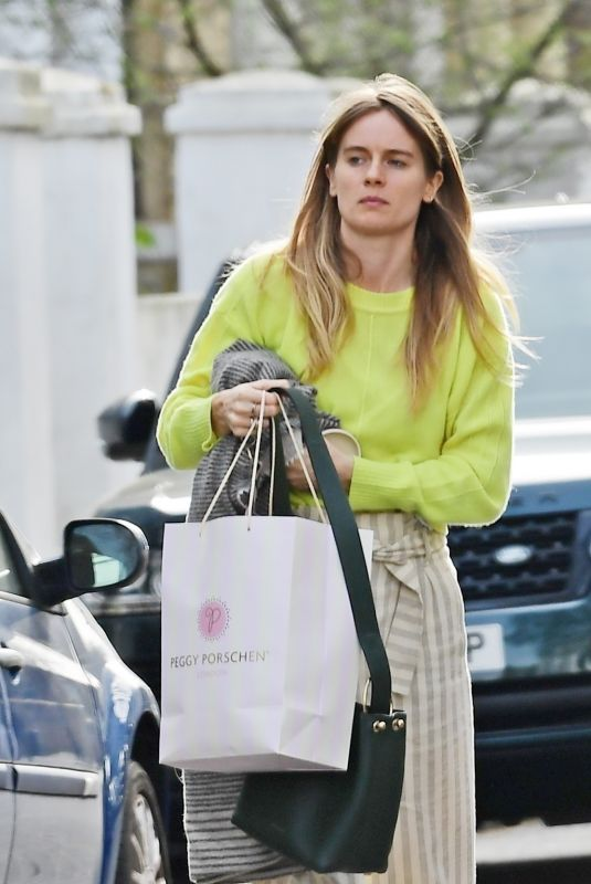 CRESSIDA BONAS Out and About in Notting Hill 04/04/2021