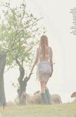 DAPHNE GROENEVELD in Elle Magazine, Italy May 2021