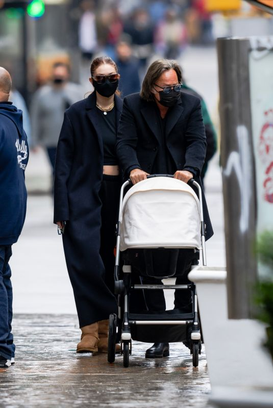 GIGI and BELLA HADIDI Out with Their Father Mohamed in New York 04/11/2021