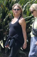 GOLDIE HAWN Out in Pacific Palisades 04/12/2021