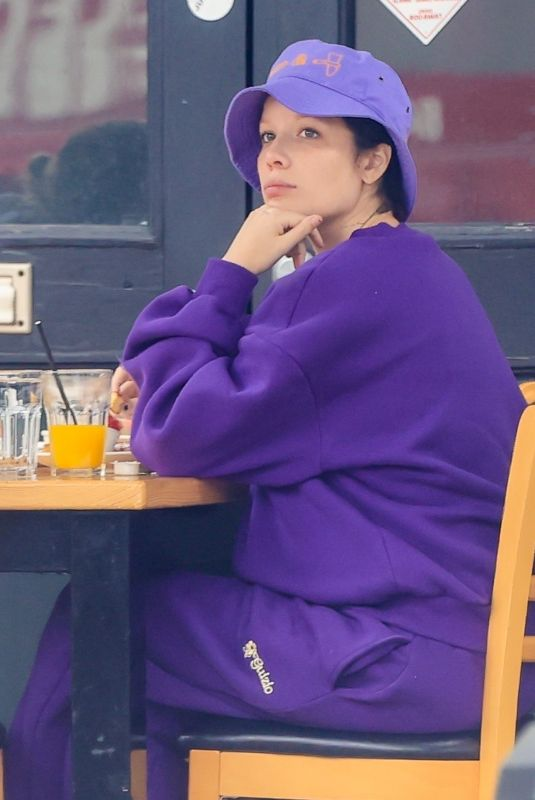 HALSEY Out for Breakfast at Toast in West Hollywood 04/12/2021