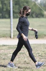JENNIFER GARNER Out and About in Brentwood 04/10/2021