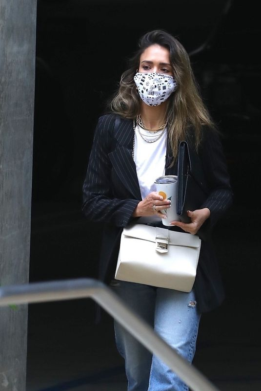JESSICA ALBA Outside Her Office in Los Angeles 04/23/2021