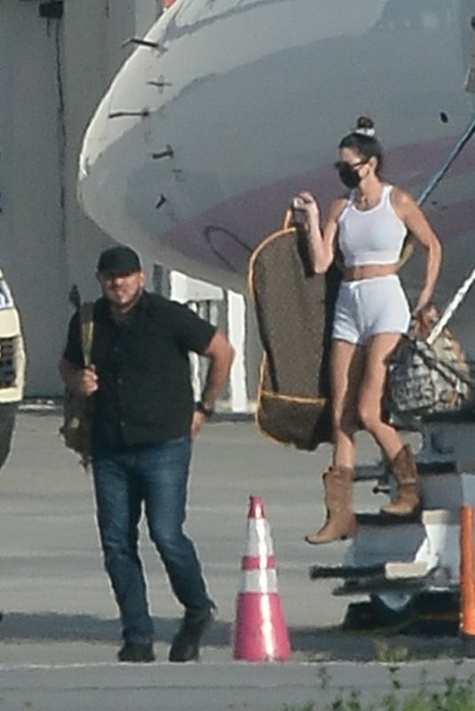 KENDALL and KYLIE JENNER Arrives by Private Jet in Los Angeles 04/05/2021