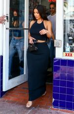 KIM KARDASHIAN Out and About in Miami 04/17/2021