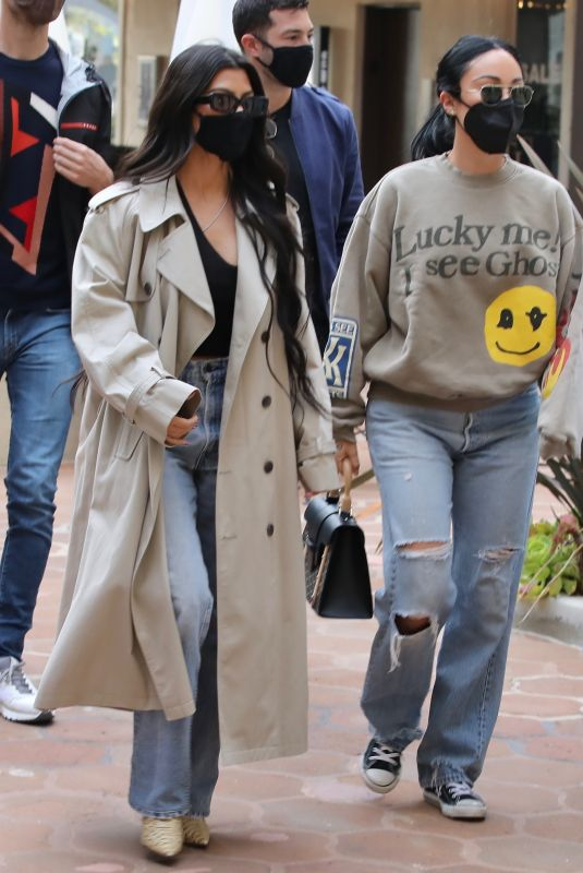 KOURTNEYKARDASHIAN and  Stephanie Shepherd at Taverna Tony in Malibu 04/06/2021