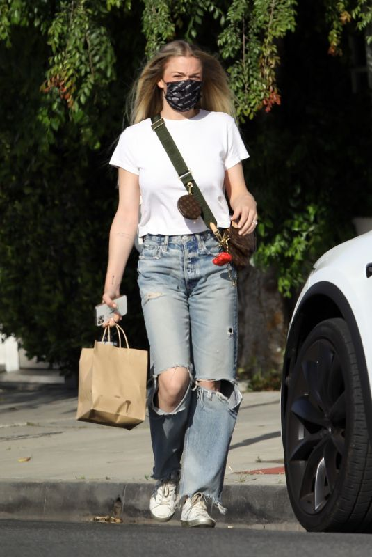 LEANN RIMES Out and About in Beverly Hills 04/20/2021