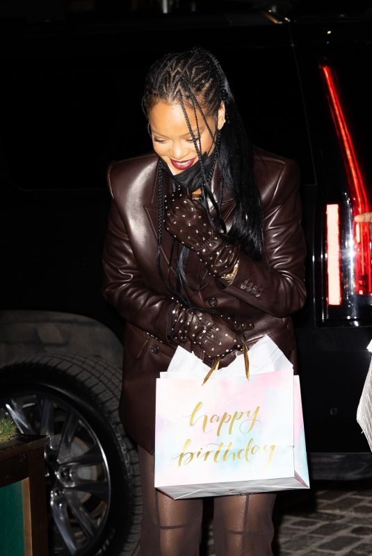 RIHANNA at Pastis in New York 04/05/2021