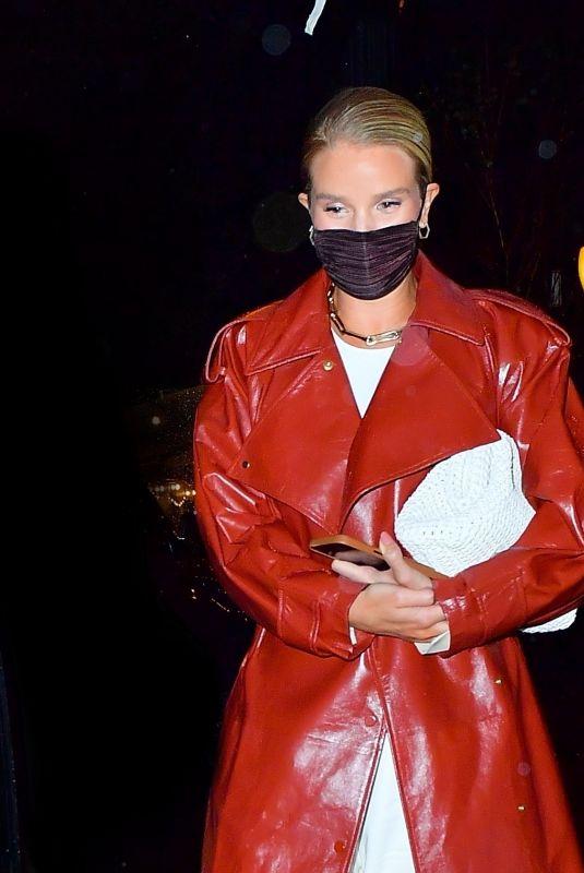 ROSIE HJUNTINGTON-WHITELEY at Waverly Inn in New York 04/12/2021