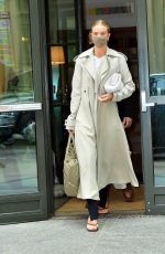 ROSIE HUNTINGTON-WHITELEY Out for Breakfast in London 04/13/2021