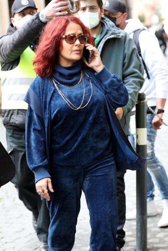 SALMA HAYEK on the Set of Ridley Scott