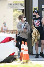 SARAH MICHELLE GELLAR Out and About in Brentwood 03/31/2021