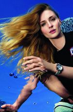SOPHIE TURNER for Louis Vuitton Tambour Street Diver 2021