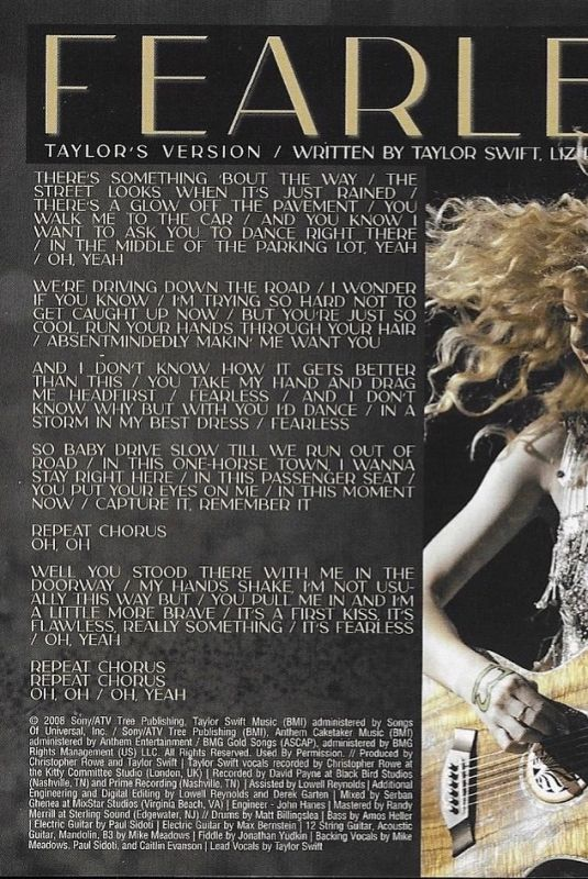 TAYLOR SWIFT – Fearless Booklet, 2021