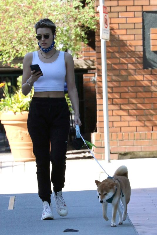 WALLIS DAY Out with Her Dog in Vancouver 04/18/2021