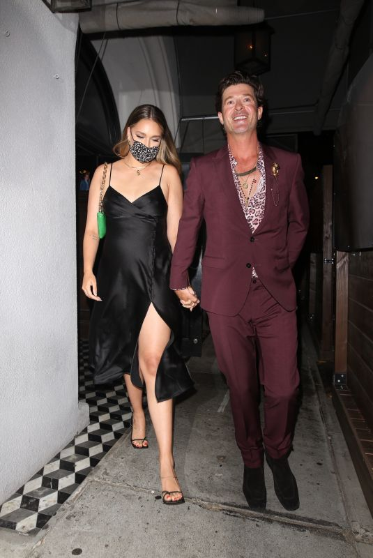 APRIL LOVE GEARY and Robin Thicke Leaves Craig's in West Hollywood 05/27/2021