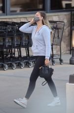 APRIL LOVE GEARY Shopping at Pavilions in Malibu 05/16/2021